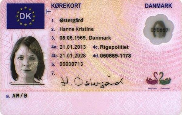 Fahrerlaubnis aus Dänemark - Jeder Fuehrerschein welcher der in einem EU/EWR-Land ausgestellt wurde, entspricht detr dänischen Fahrerlaubnis und berechtigt, in Dänemark ein Kraftfahrzeug zu führen, solange der europäische Führerschein gültig ist und der Fuehrerschein-Inhaber höchstens 70 Jahre alt ist.