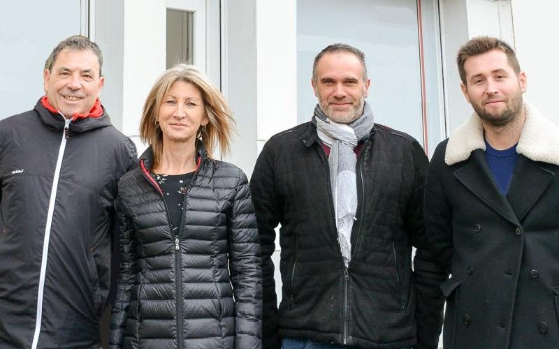 Das Team während des Aufenthaltes in Tschechien stellt sich vor.
