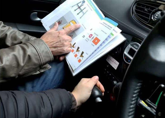 Prüfungsrelevante Fragen werden bei den Fahrstunden durchgesprochen