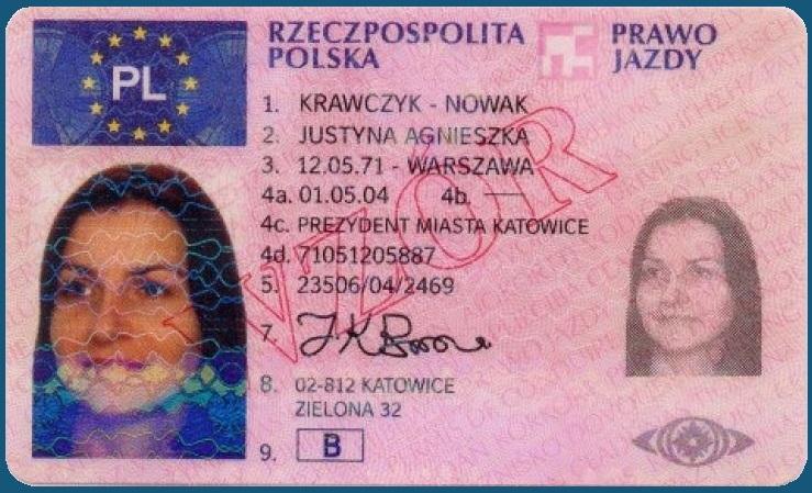 So sieht die polnische rosafarbene Fahrerlaubnis im Kartenformat aus
